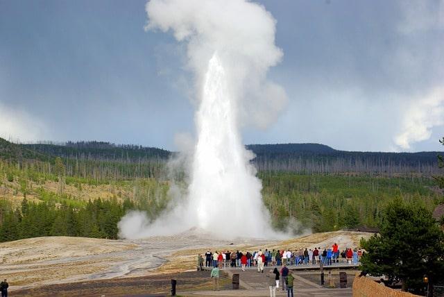 Old Faithful i Yellowstone nationalpark i Wyoming